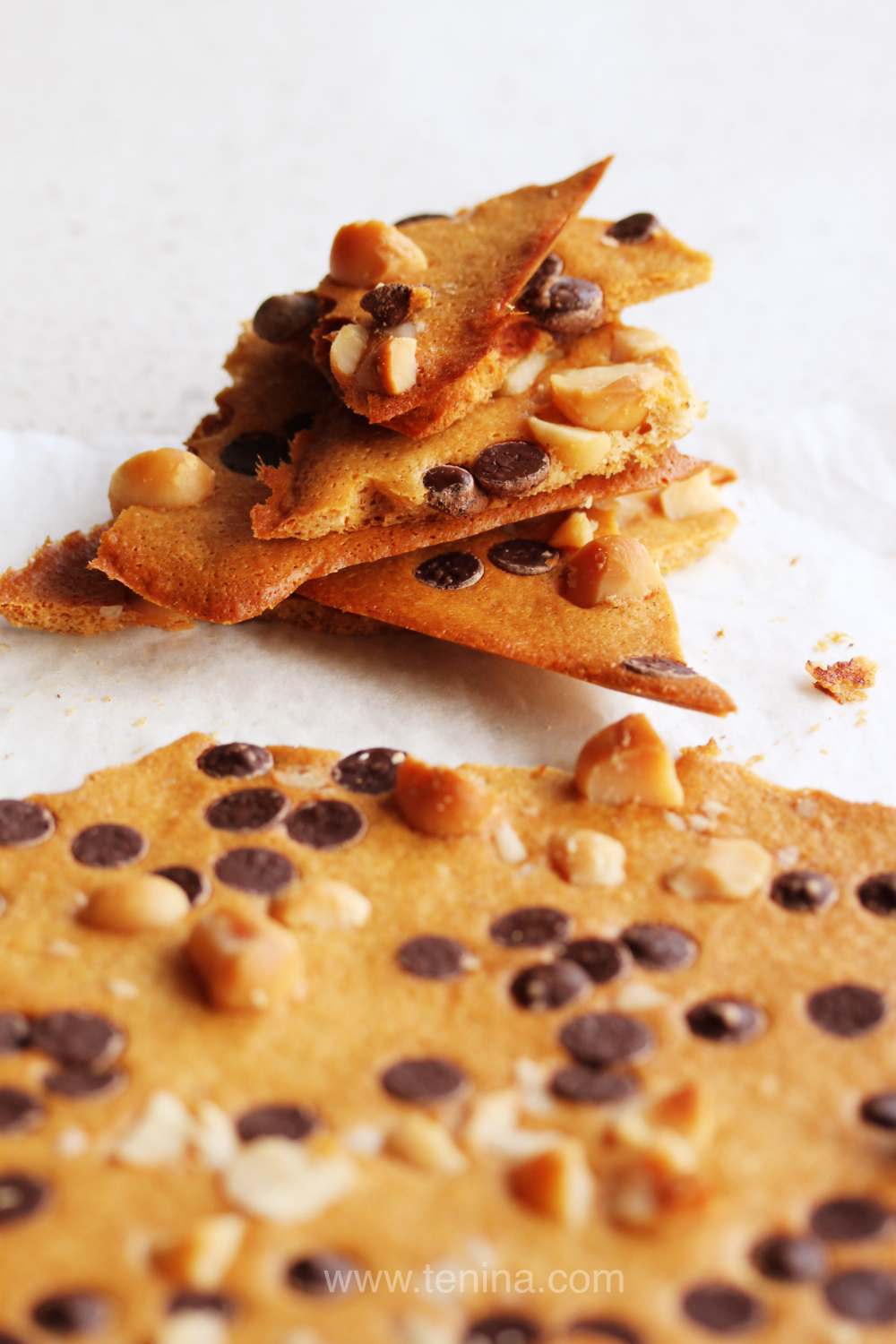 Macadamia Chocolate Wafers
