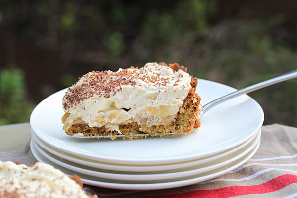 Banoffee-Pie-with-Cinnamon-Dulce-de-Leche-slice