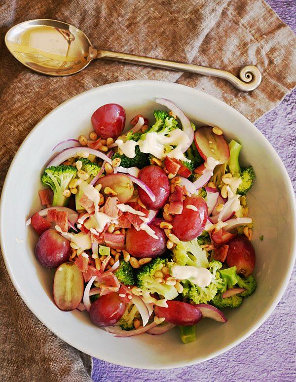 Brocolli and Grape Salad OH P Thermomix