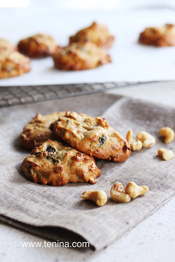 Cashew-Nut-Cookies