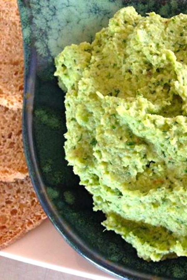 Cauliflower-Hummus