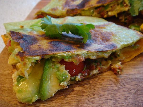 Chorizo-Quesadilla-with-lime