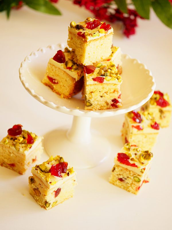 Christmas Shortbread Slice with White Chocolate P Thermomix