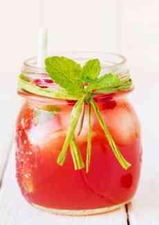 Cranberry-Cooler