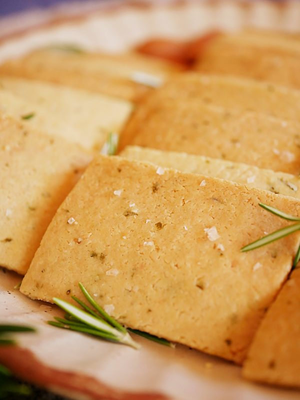GF Almond Crackers CU P Thermomix