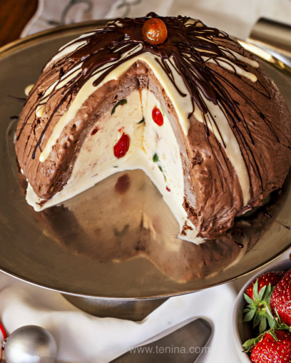 Photo of Ice Cream Christmas Pudding Bombe