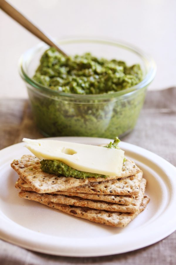 Kale Pumpkin Seed Pesto On Crackers Fotor