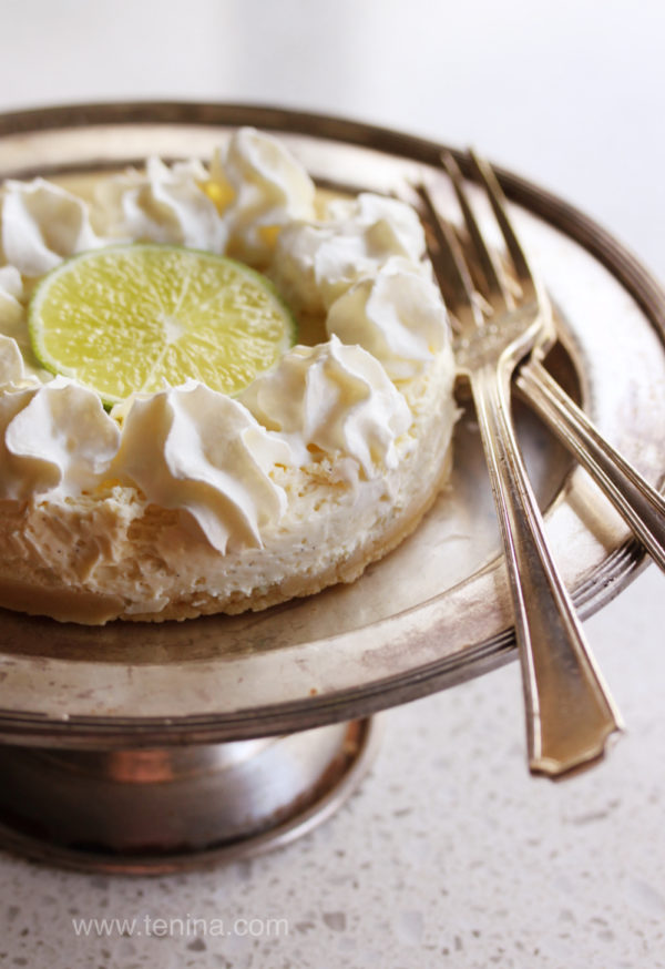 Lime-Sour-Cream-Cheesecake