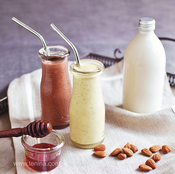 Nut-milk-Smoothies