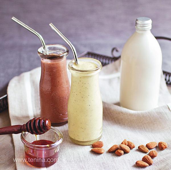 Nut-milk-Smoothies