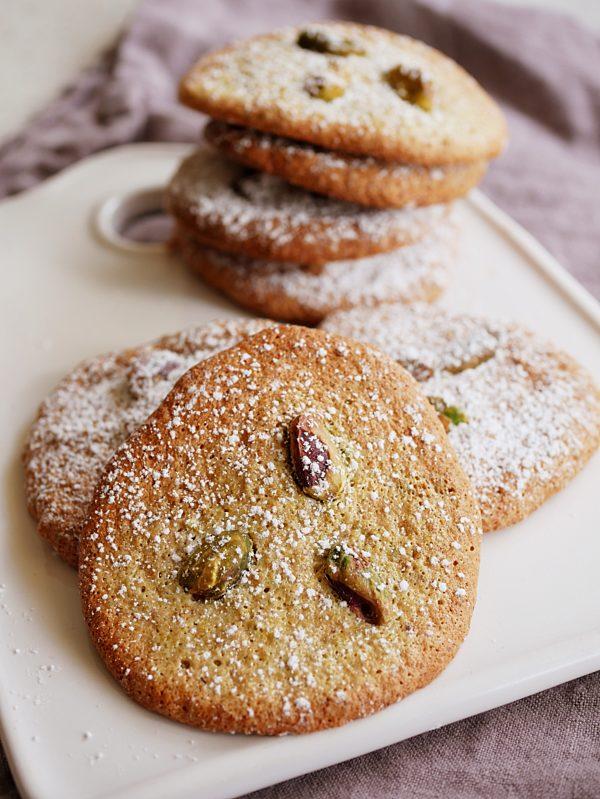 Pistachio Biscuits 1 Fotor