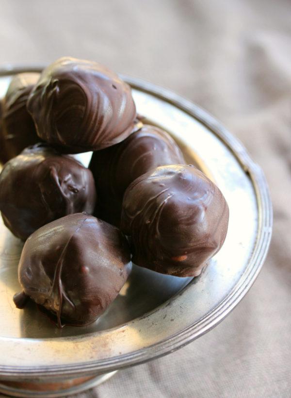 Raw-Mint-Coconut-Choc-Bites