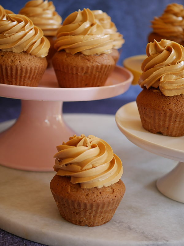 Russian Buttercream Blondie Cupcakes CU P