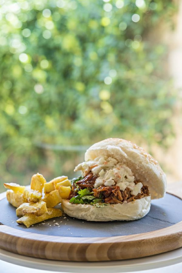 Slow-cooked-pulled-pork-buns