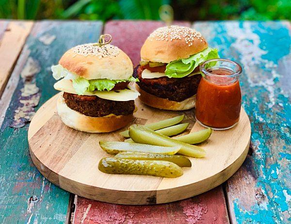 Spicy Oat Burgers LS Fotor
