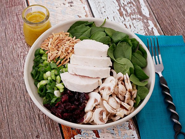 Spinach And Chicken Salad With Cranberries Fotor