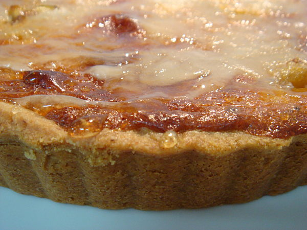 Toffee-Crusted-Fig-and-Almond-Tart