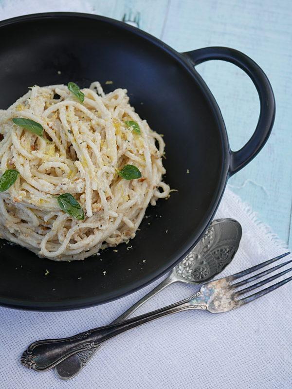 White Pesto with Oregano Spaghetti P