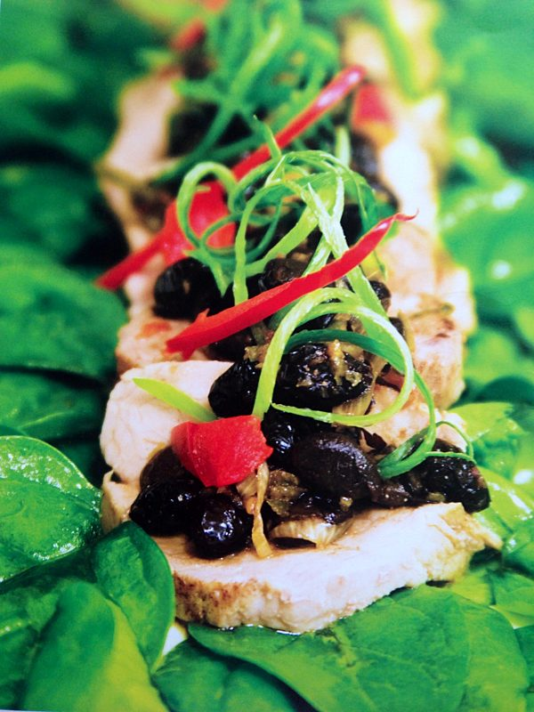 steamed pork fillet with black bean dressing